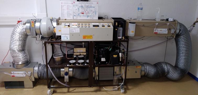 Banc didactique d'une installation de climatisation industrielle. Photo PY Larrieu - LMA La Rochelle.